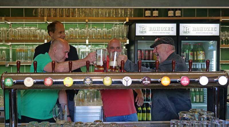 Rohozec otevřel novou pivovarskou restauraci, točí i tankové pivo
