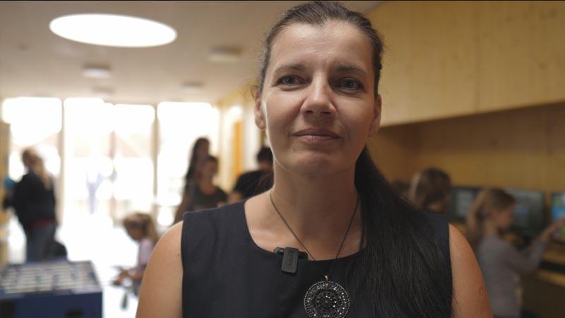 Alena Holíková, Ředitelka Domu dětí a mládeže